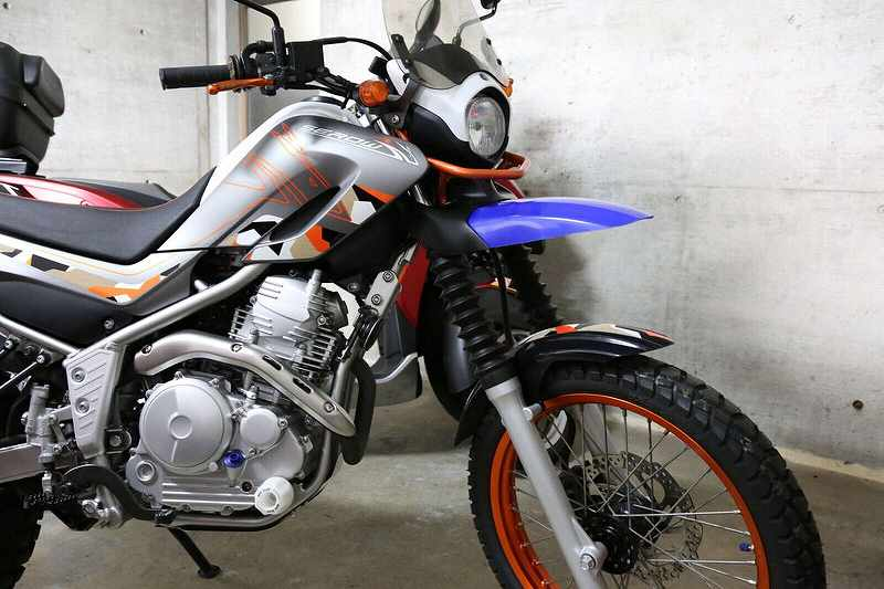 MOTO HACK: Customizing SEROW 250 with Double Front Fenders!