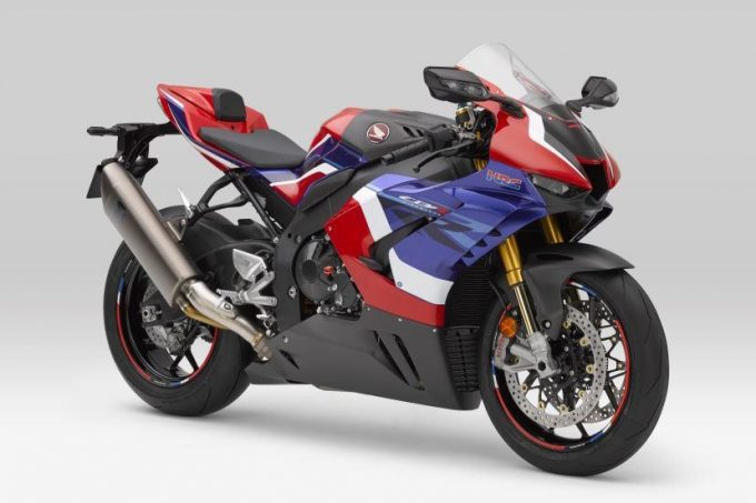HONDA Releases 4 OEM Dry Carbon Exterior Parts for the CBR1000RR-R FIREBLADE/SP