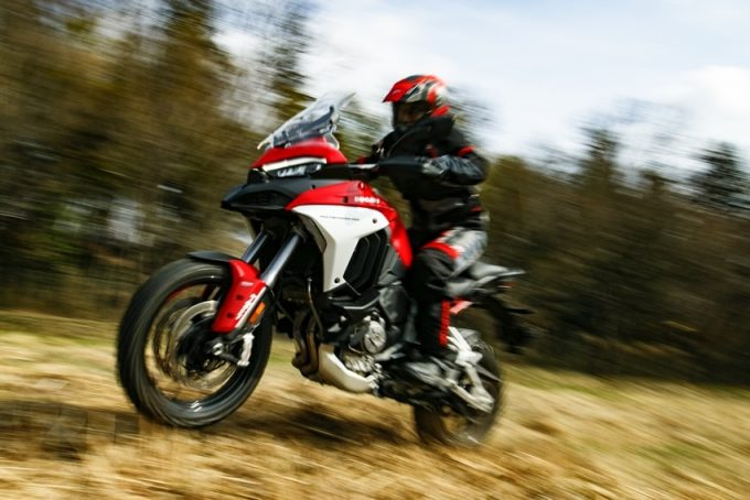 "DUCATI Multistrada V4S Test Ride Report] A true multi-purpose machine that can conquer ""all the roads"", its power was beyond our expectations!"